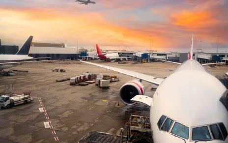 Havacılık Yönetimi Bölümü Nedir? Maaşları ve İş İmkanları